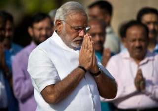 modi greets nation on republic day pays tribute...