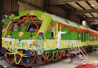 go green railways starts first cng powered train...