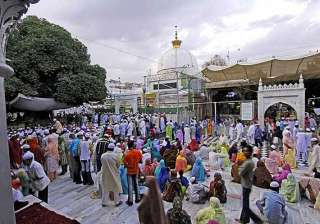 know the importance of ajmer sharif dargah in...