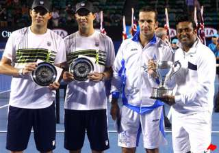 leander paes first indian to complete career...