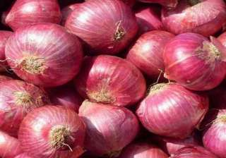 mns sells onion at rs 25 a kg in mumbai - India TV