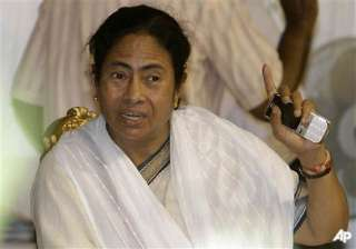 mamata orders probe into phone tapping during lf...