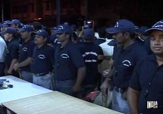 mumbai police takes help from local youths for...