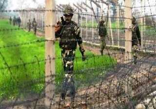 myanmar troops attempt to raise fencing india...