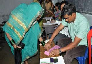 over 85 pc polling in ap panchayat polls - India...