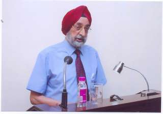 pm condoles air commodore jasjit singh s death...