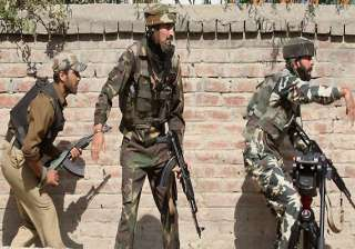 eight policemen injured in srinagar gunfight -...