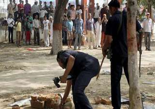 patna serial blast two more bombs defused - India...