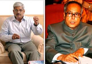 pranab seeing 2g file does not mean approving it...