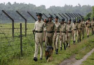 probe into jammu attacks finds flaws in bsf...