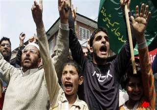 protests in kupwara after a man dies in army...