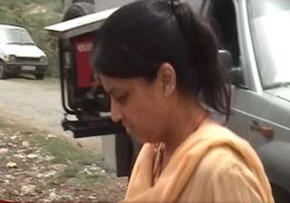 nupur talwar to spend second night in jail -...