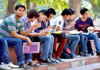 relief for students b.tech to be 4 yr course for...