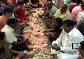 rs 14.6 cr cash gold donated to shirdi shrine at...