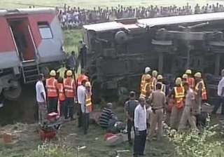 safety panel begins bihar s rajdhani mishap probe...