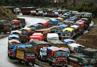 srinagar leh nh blocked due to cloudburst - India...