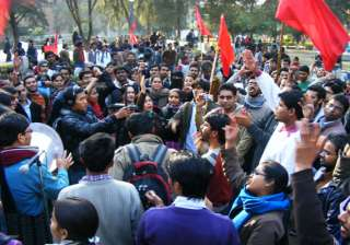 students protest against expensive pvt food...
