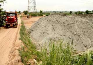 team inspects sand mining sites in noida - India...