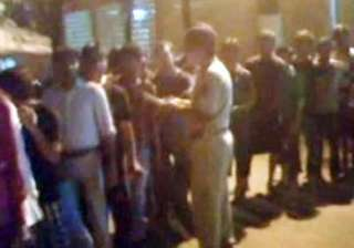 thane police rounds up 80 muslims in search of...