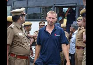 us ship s foreign crew shifted to chennai - India...