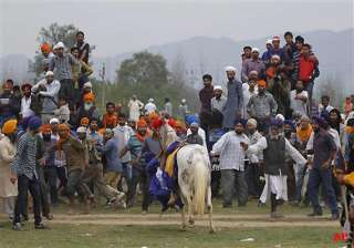 watch in pics sikhs celebrate hola mohalla in...