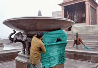 work on veiling mayawati elephant statues begins...