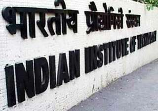 13 602 out of 4.68 lakh students crack iit jee -...