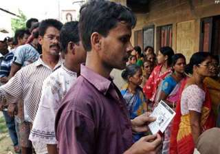 83.48 pc voting in maoist hit areas of bengal -...