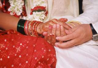 72 couples tie knot in mass wedding in...