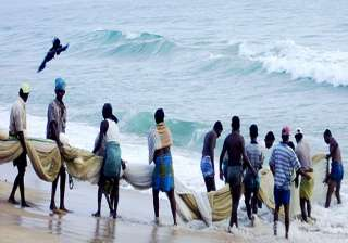 50 fishermen injured as sl naval personnel attack...