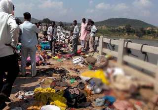 death toll in mp temple stampede climbs to 115 -...
