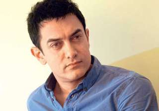 aamir writes to ec clarifies he is not supporting...