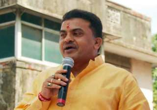act against tainted bjp mps congress urges pm -...
