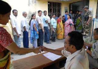 bengal district to lure voters with shopping...
