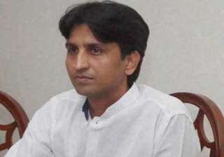 case against kumar vishwas for violating model...