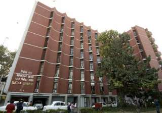 ec changes poll dates for goa and one jharkhand...
