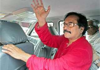 former mp demands change in cpi m leadership...