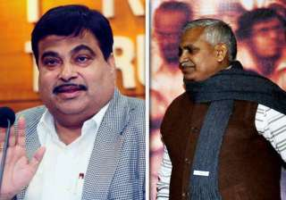 gadkari accepts kushwaha s offer after all round...