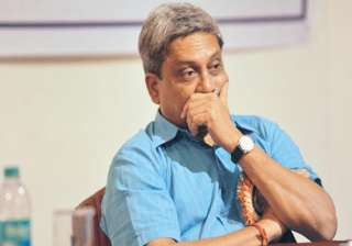 goa scribes withdraw agitation after parrikar...