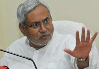 bjp slams nitish govt over lohia statue cleaning...