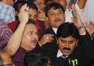 madan mitra did not cooperate with officers cbi...