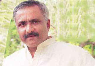 nothing wrong between modi and me says bjp leader...