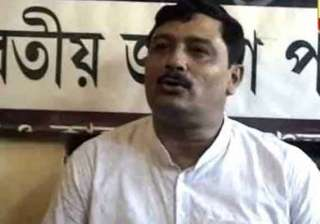 rahul sinha claims many people from cpi m jp tmc...