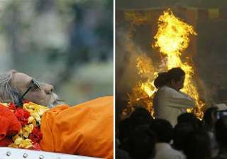 rare pics of bal thackeray s final journey and...