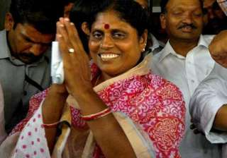 ysr s widow begins indefinite fast over telangana...