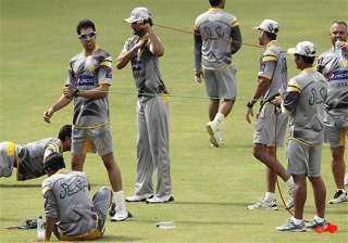 a chance for pakistan to climb up test ranking...