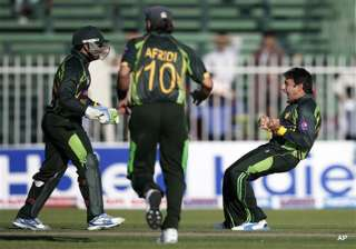 ajmal and afridi rattle south africa for 183 -...