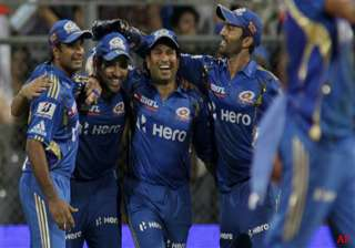 all round mi beat chargers by 5 wkts - India TV