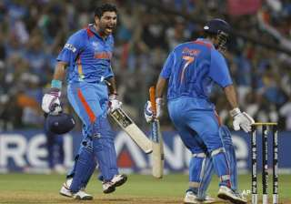amidst unforgettable moments captain cool forgets...