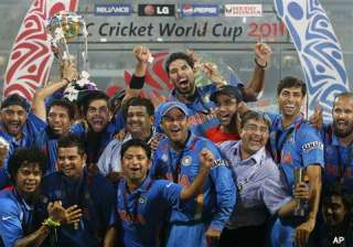 bcci announces rs 1 cr reward to each player -...